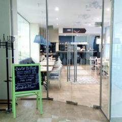 Тамбур, стеклянные двери